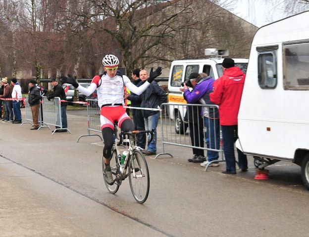 Frank Pasche remporte la 3ème manche du Giron